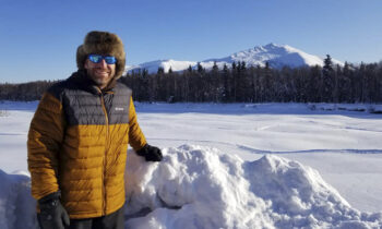 Former Slayton graduate part of  Iditarod dog health team and is credited for saving dog's life